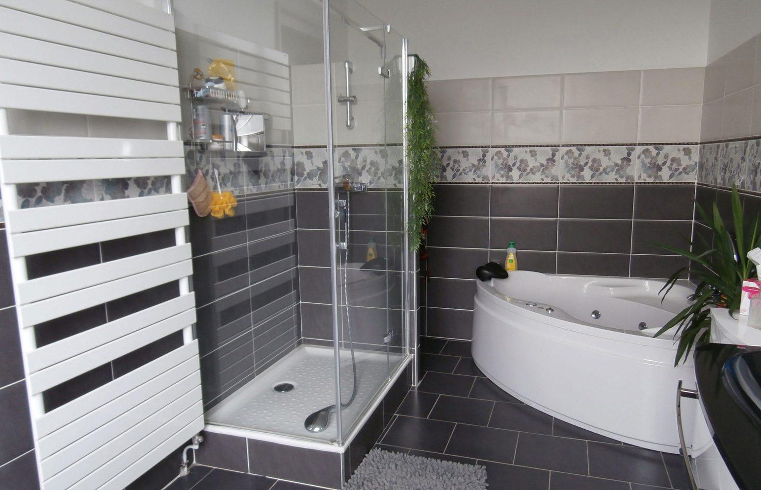 plomberie chauffage beautiful mtropole plomberie. Black Bedroom Furniture Sets. Home Design Ideas